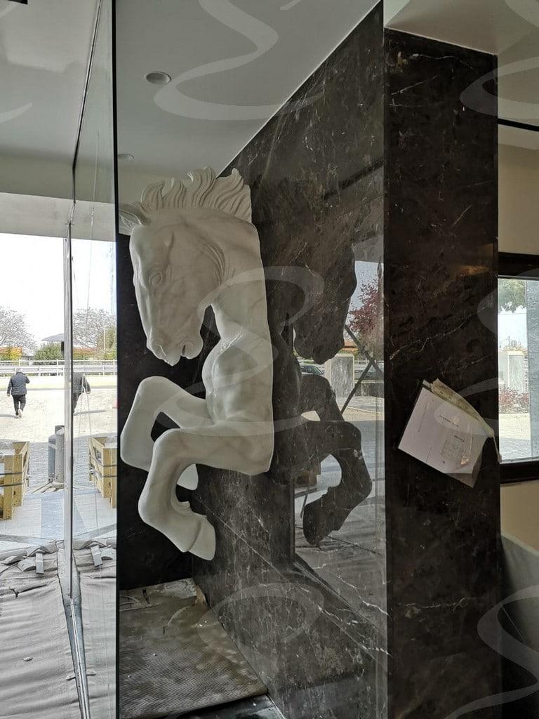 scultura poliurea polistirolo cavalli