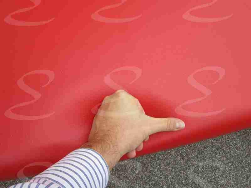 rivestimento poliurea divano rosso elastopol