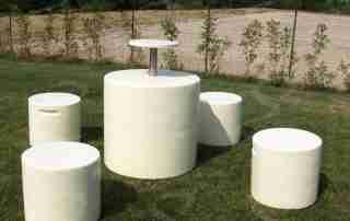arredo esterno tavolo sedie polistirolo poliurea